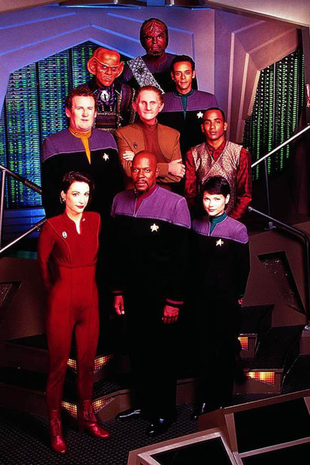 Star-Trek-Deep-Space-Nine-p01